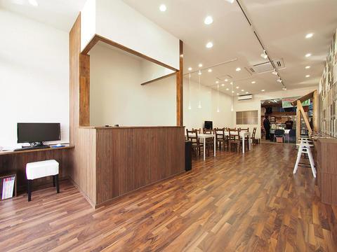 テナントデザイン~カフェのような大型ショールーム~